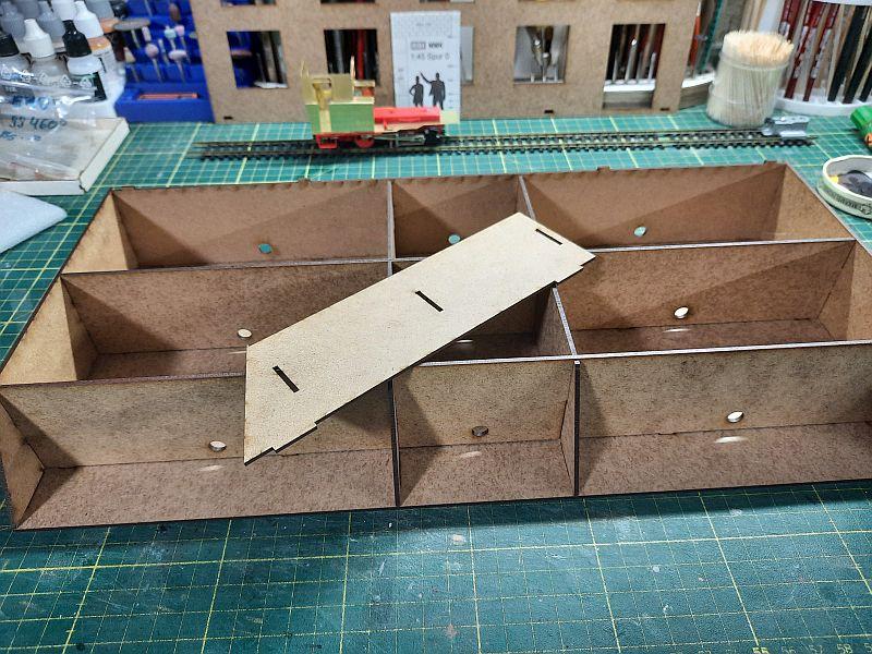 FPM - Models - Fabrikhallenkulisse - Lasercut-Bausatz in 1/45 - Seite 2 2275