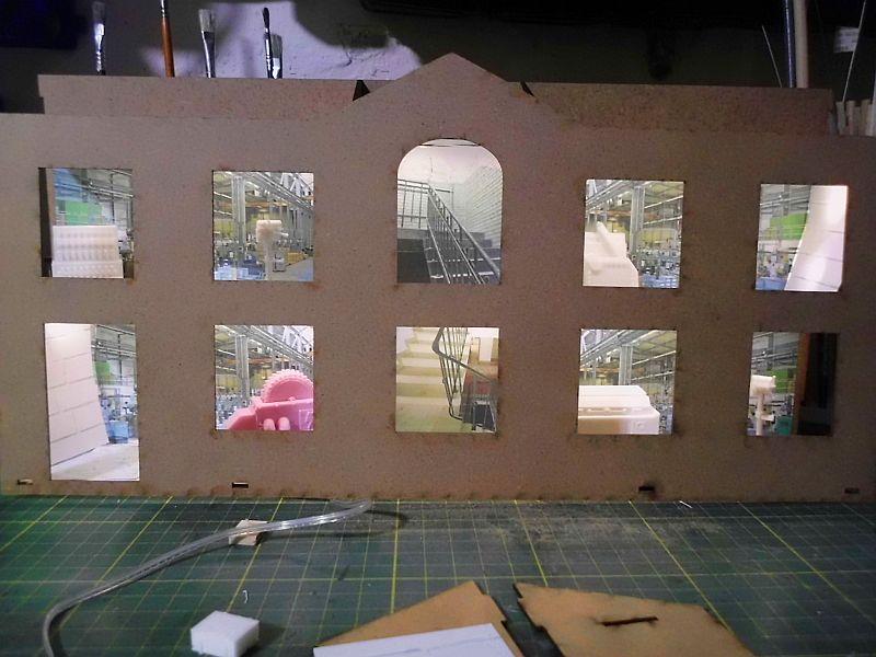 FPM - Models - Fabrikhallenkulisse - Lasercut-Bausatz in 1/45 - Seite 2 4129