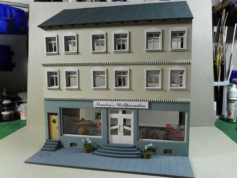 Wilamo - Häuserkulissen 1/45 kpl Strassenzeile - Baubericht - Seite 3 639