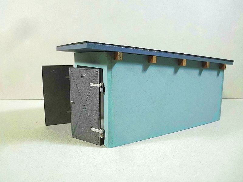 Wilamo - Garage in 1/45 - Fertig  Dsci0472