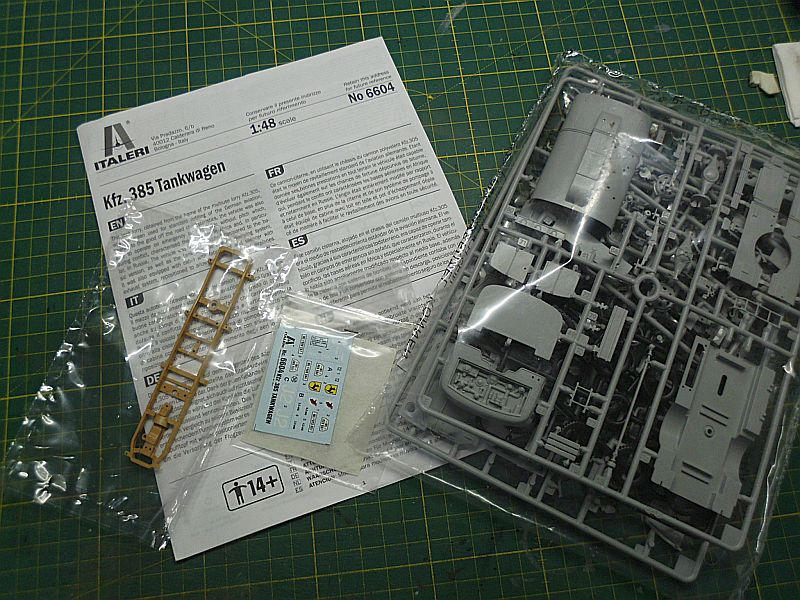 Kfz 385 Tankwagen / Italeri, 1:48 Dsci0725