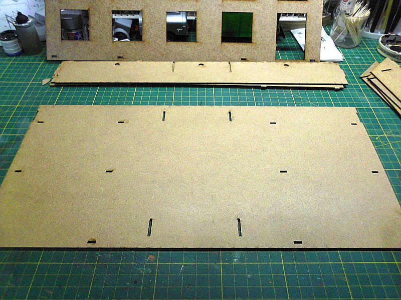 FPM - Models - Fabrikhallenkulisse - Lasercut-Bausatz in 1/45 Dsci0749