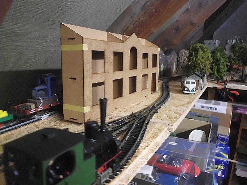 FPM - Models - Fabrikhallenkulisse - Lasercut-Bausatz in 1/45 Dsci0755