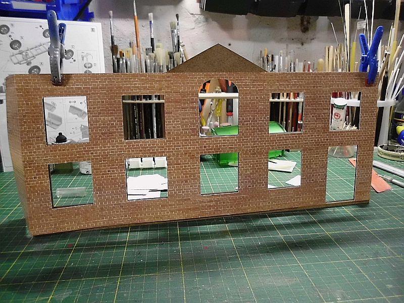 FPM - Models - Fabrikhallenkulisse - Lasercut-Bausatz in 1/45 Dsci0759