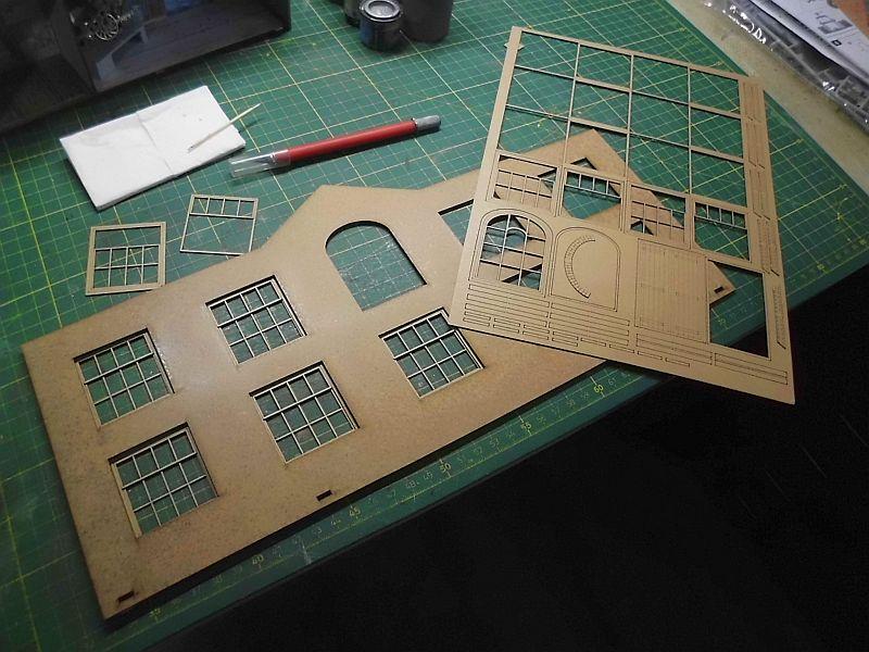 FPM - Models - Fabrikhallenkulisse - Lasercut-Bausatz in 1/45 Dsci0775