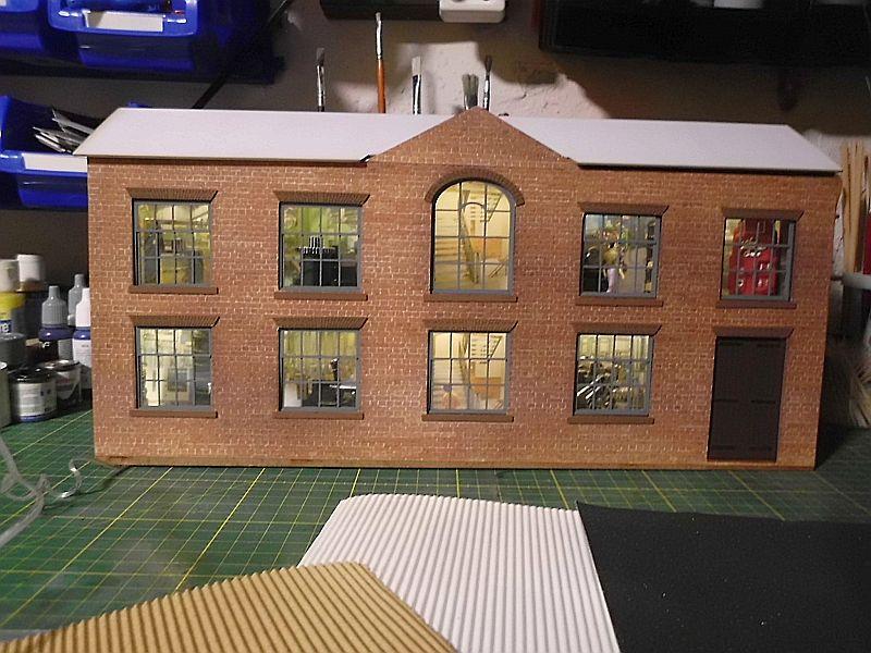 FPM - Models - Fabrikhallenkulisse - Lasercut-Bausatz in 1/45 Dsci0786