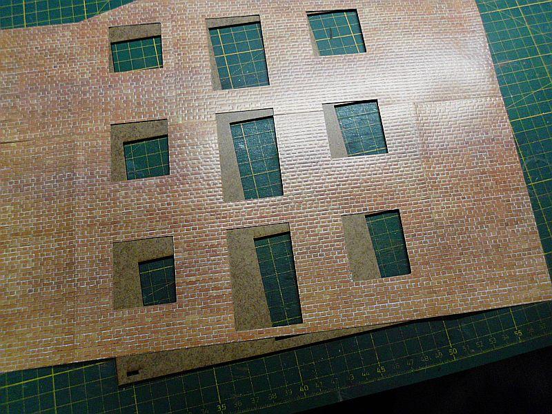 FPM - Models - Lagerhallenkulisse - Lasercut-Bausatz in 1/45 Dsci0831