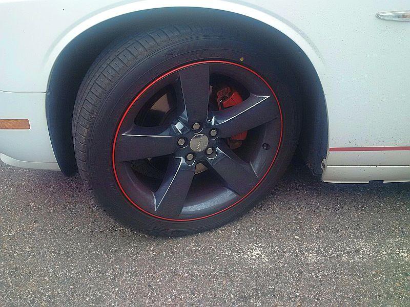 Dodge Challenger - auf dem Parkplatz schnappgeschossen 15.07.19 Img_2071