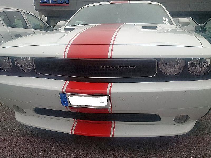 Dodge Challenger - auf dem Parkplatz schnappgeschossen 15.07.19 Img_2072