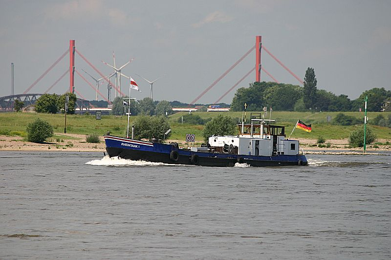 Kleiner Rheinbummel in Duisburg-Ruhrort und Umgebung - Sammelbeitrag - Seite 2 Img_6947