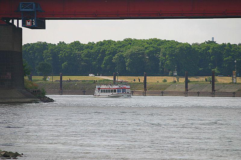 Kleiner Rheinbummel in Duisburg-Ruhrort und Umgebung - Sammelbeitrag - Seite 2 Img_7030