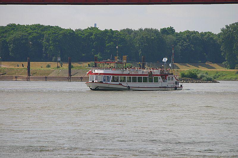 Kleiner Rheinbummel in Duisburg-Ruhrort und Umgebung - Sammelbeitrag - Seite 2 Img_7031