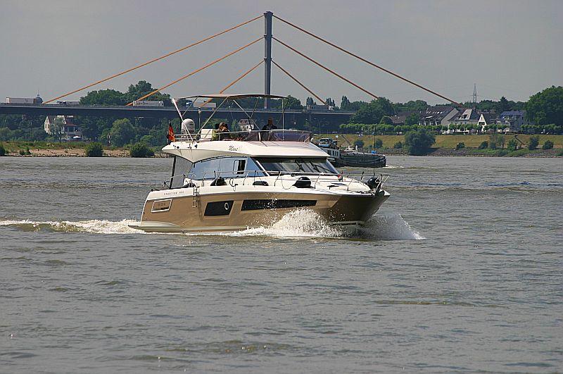 Kleiner Rheinbummel in Duisburg-Ruhrort und Umgebung - Sammelbeitrag - Seite 2 Img_7034