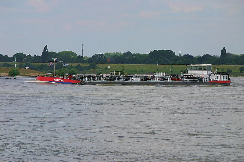 Kleiner Rheinbummel in Duisburg-Ruhrort und Umgebung - Sammelbeitrag - Seite 2 Img_7039