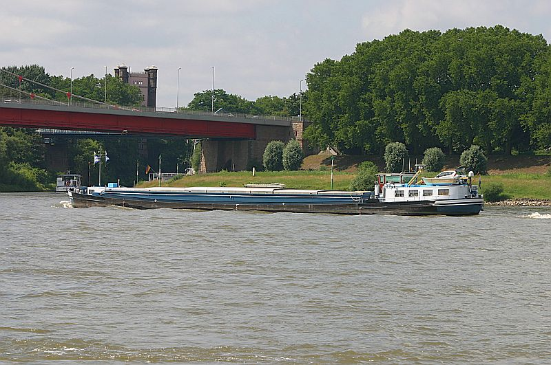 Kleiner Rheinbummel in Duisburg-Ruhrort und Umgebung - Sammelbeitrag - Seite 2 Img_7059