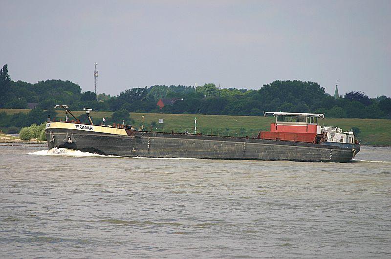 Kleiner Rheinbummel in Duisburg-Ruhrort und Umgebung - Sammelbeitrag - Seite 2 Img_7060