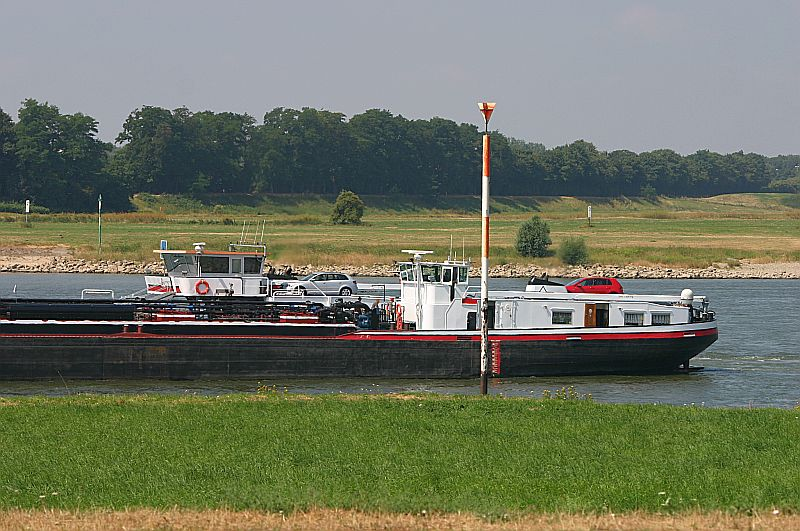 Kleiner Rheinbummel in Duisburg-Ruhrort und Umgebung - Sammelbeitrag - Seite 3 Img_7318