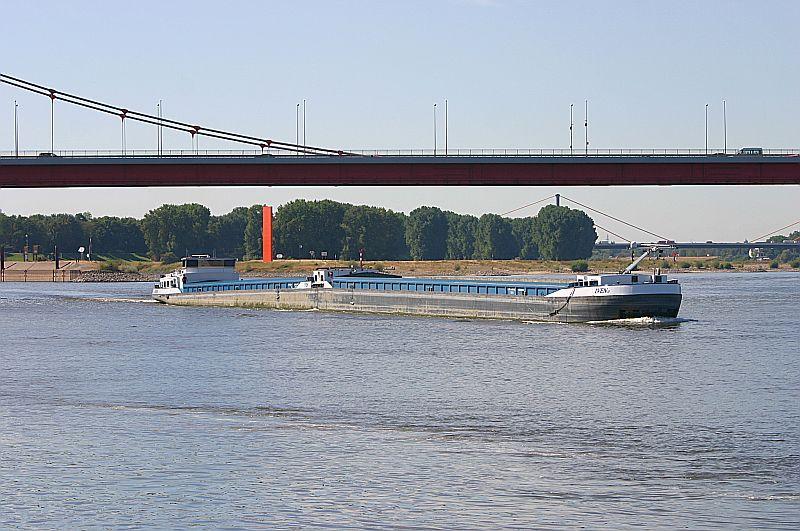 Kleiner Rheinbummel in Duisburg-Ruhrort und Umgebung - Sammelbeitrag - Seite 4 Img_7511