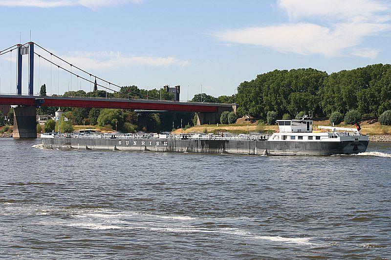 Kleiner Rheinbummel in Duisburg-Ruhrort und Umgebung - Sammelbeitrag - Seite 4 Img_7539