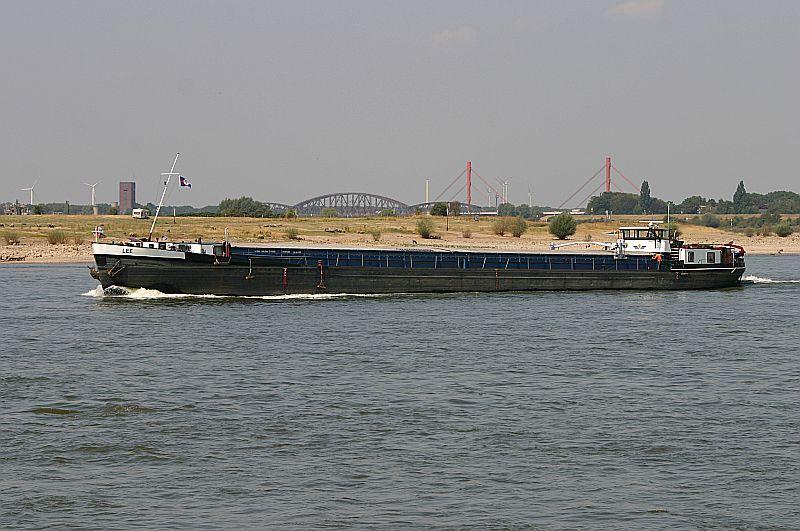 Kleiner Rheinbummel in Duisburg-Ruhrort und Umgebung - Sammelbeitrag - Seite 6 Img_7674