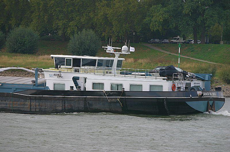 Kleiner Rheinbummel in Duisburg-Ruhrort und Umgebung - Sammelbeitrag - Seite 7 Img_8030