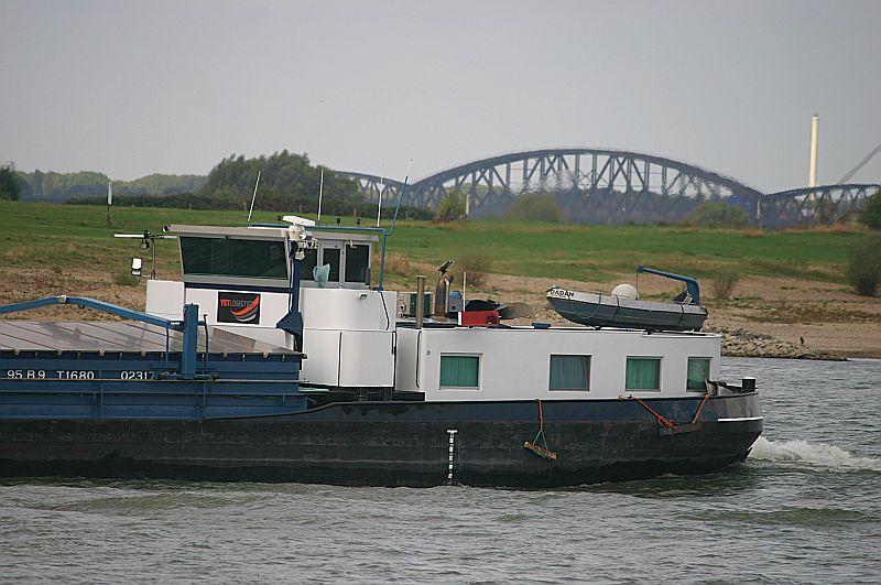 Kleiner Rheinbummel in Duisburg-Ruhrort und Umgebung - Sammelbeitrag - Seite 7 Img_8031