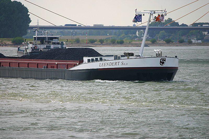 Kleiner Rheinbummel in Duisburg-Ruhrort und Umgebung - Sammelbeitrag - Seite 7 Img_8041