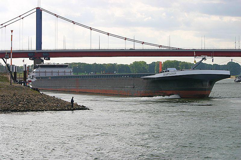 Kleiner Rheinbummel in Duisburg-Ruhrort und Umgebung - Sammelbeitrag - Seite 7 Img_8045