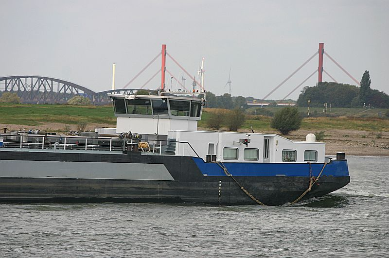 Kleiner Rheinbummel in Duisburg-Ruhrort und Umgebung - Sammelbeitrag - Seite 7 Img_8057
