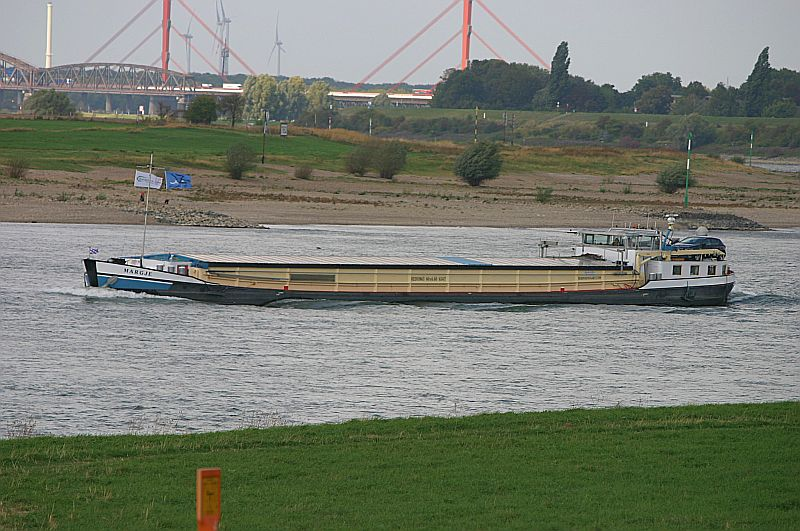 Kleiner Rheinbummel in Duisburg-Ruhrort und Umgebung - Sammelbeitrag - Seite 7 Img_8070