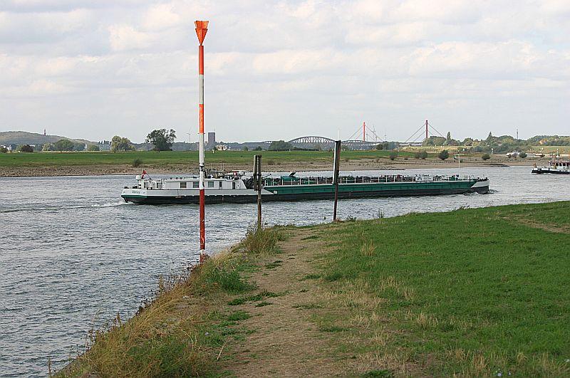 Kleiner Rheinbummel in Duisburg-Ruhrort und Umgebung - Sammelbeitrag - Seite 7 Img_8078