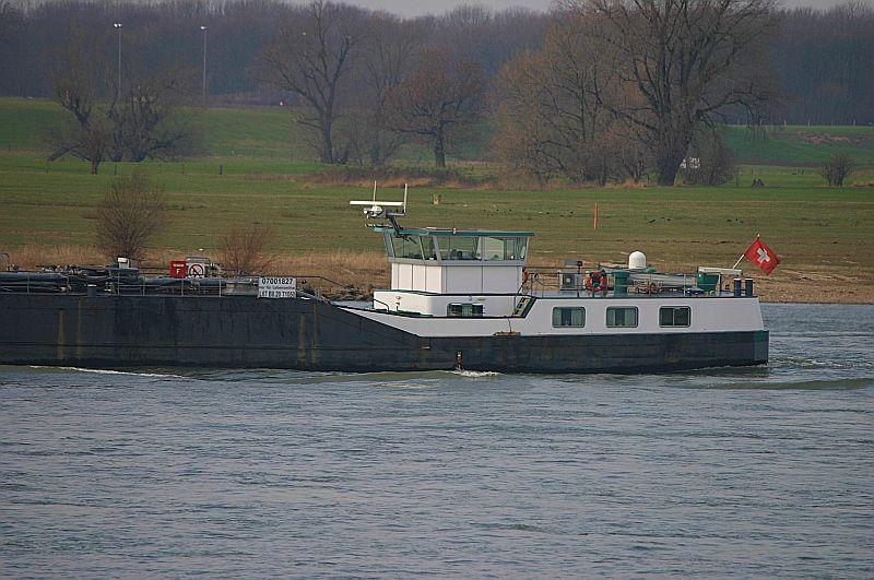 Kleiner Rheinbummel in Duisburg-Ruhrort und Umgebung - Sammelbeitrag - Seite 7 Img_8839
