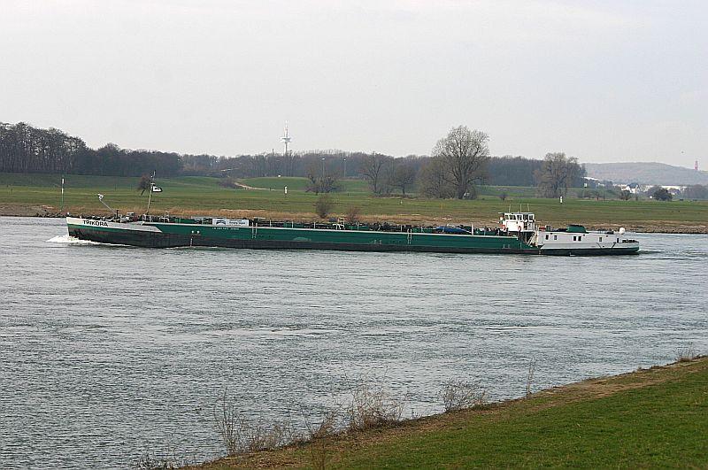 Kleiner Rheinbummel in Duisburg-Ruhrort und Umgebung - Sammelbeitrag - Seite 7 Img_8846