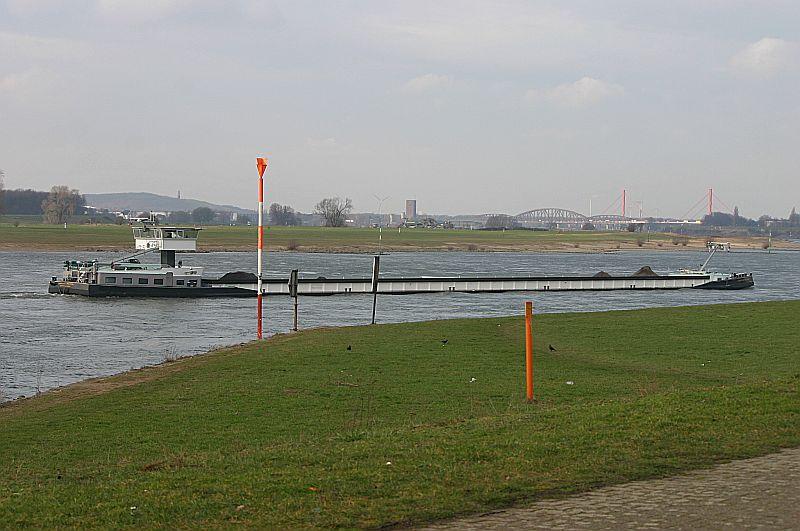 Kleiner Rheinbummel in Duisburg-Ruhrort und Umgebung - Sammelbeitrag - Seite 7 Img_8912