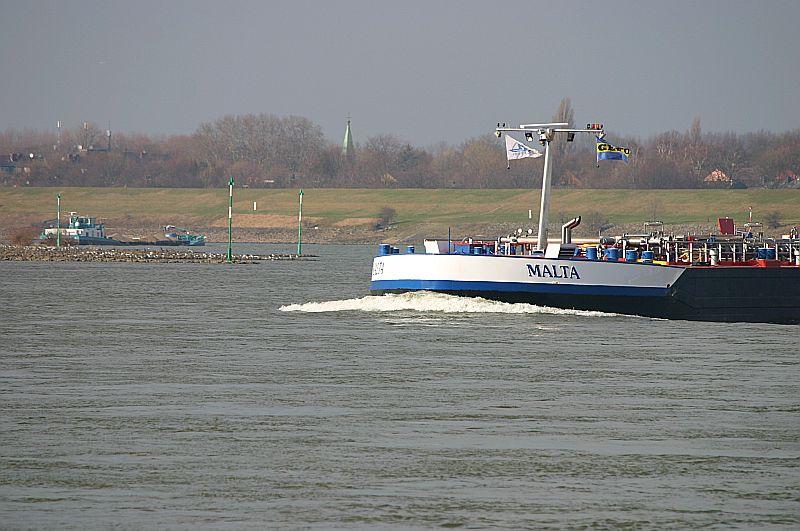 Kleiner Rheinbummel in Duisburg-Ruhrort und Umgebung - Sammelbeitrag - Seite 7 Img_8930