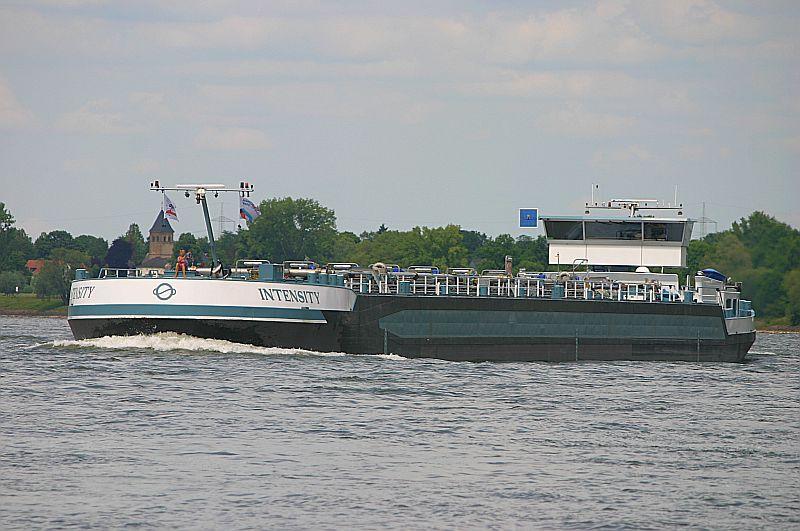 Kleiner Rheinbummel am 09.06.19 in Düsseldorf - Kaiserswerth Img_9267