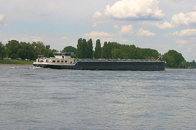 Kleiner Rheinbummel am 09.06.19 in Düsseldorf - Kaiserswerth Img_9313