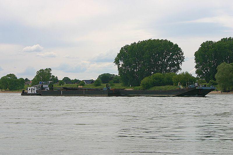 Kleiner Rheinbummel am 09.06.19 in Düsseldorf - Kaiserswerth Img_9323