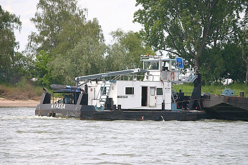 Kleiner Rheinbummel am 09.06.19 in Düsseldorf - Kaiserswerth Img_9326