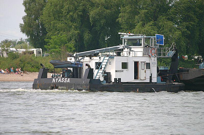 Kleiner Rheinbummel am 09.06.19 in Düsseldorf - Kaiserswerth Img_9327
