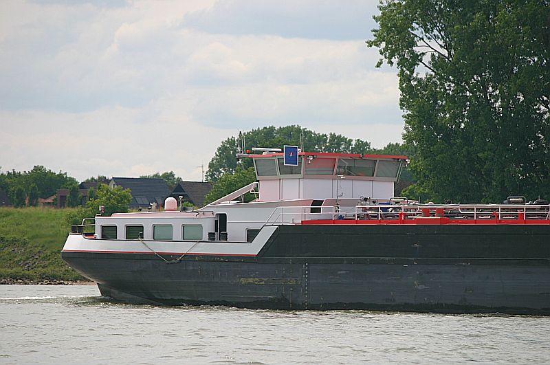 Kleiner Rheinbummel am 09.06.19 in Düsseldorf - Kaiserswerth Img_9330