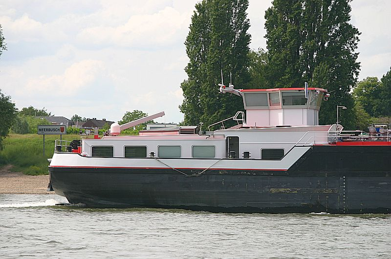 Kleiner Rheinbummel am 09.06.19 in Düsseldorf - Kaiserswerth Img_9332