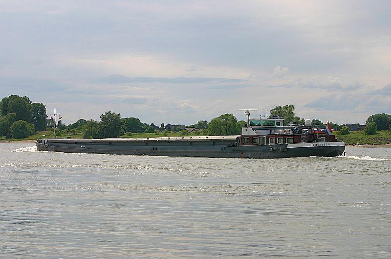 Kleiner Rheinbummel am 09.06.19 in Düsseldorf - Kaiserswerth Img_9342