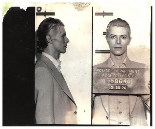 Bowie is dead ... - Page 4 David-10