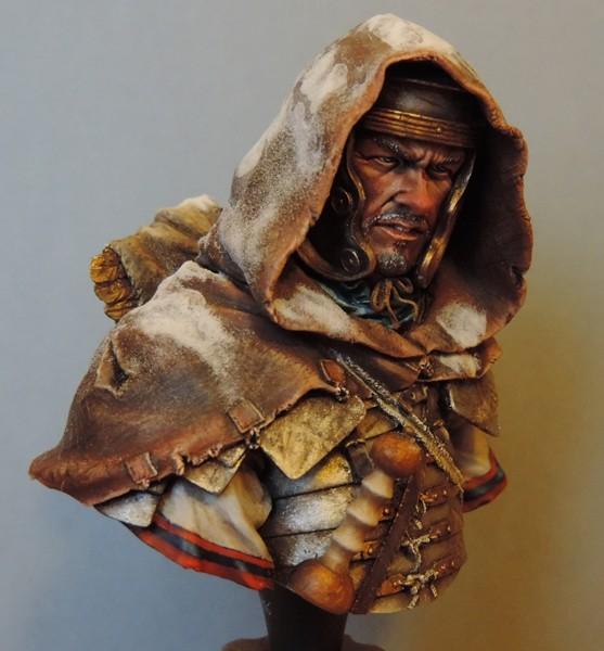 """Buste de légionnaire Romain """"Aquila""""... FINI ... Dscn2218"""