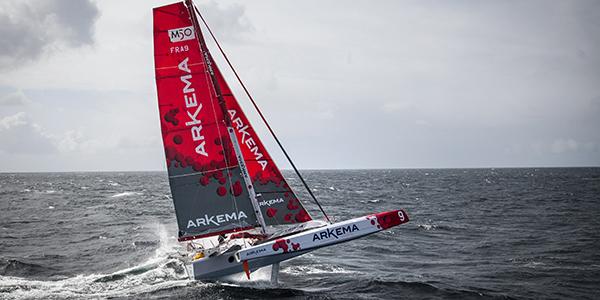 Début de saison pour Lalou Roucayrol pour enchaîner sur une transatlantique en solitaire Arkema10