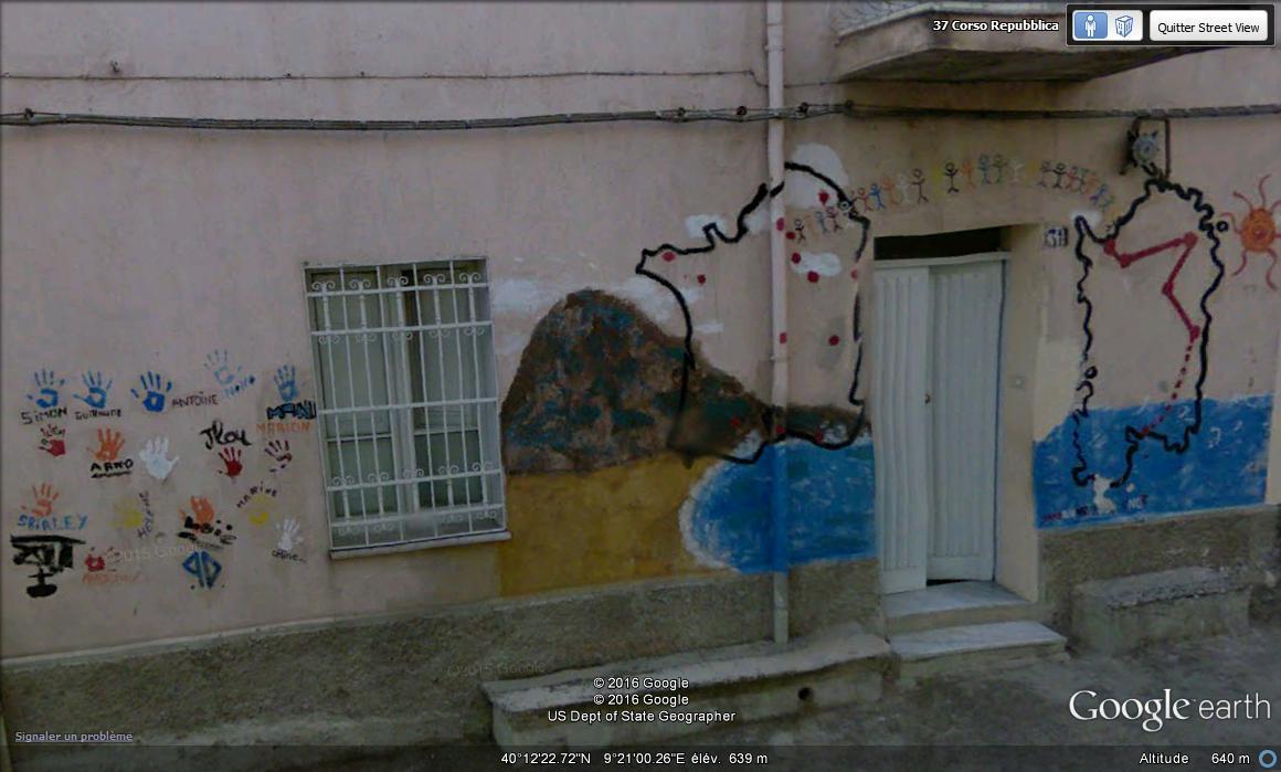 STREET VIEW : Peintures murales de l'île de Sardaigne - Italie. A10