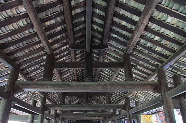 Les ponts en bois du monde. A112
