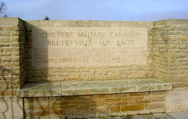 A la découverte des mémoriaux et cimetières militaires - Page 5 Brette10