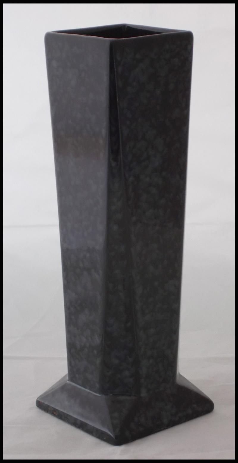 Clayworks black marble glaze vase Dscn8021